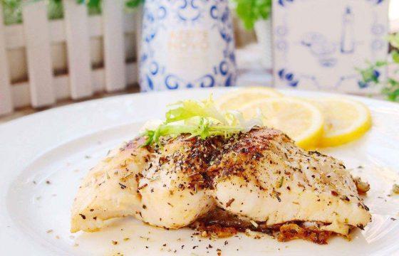 百里香煎鳕鱼