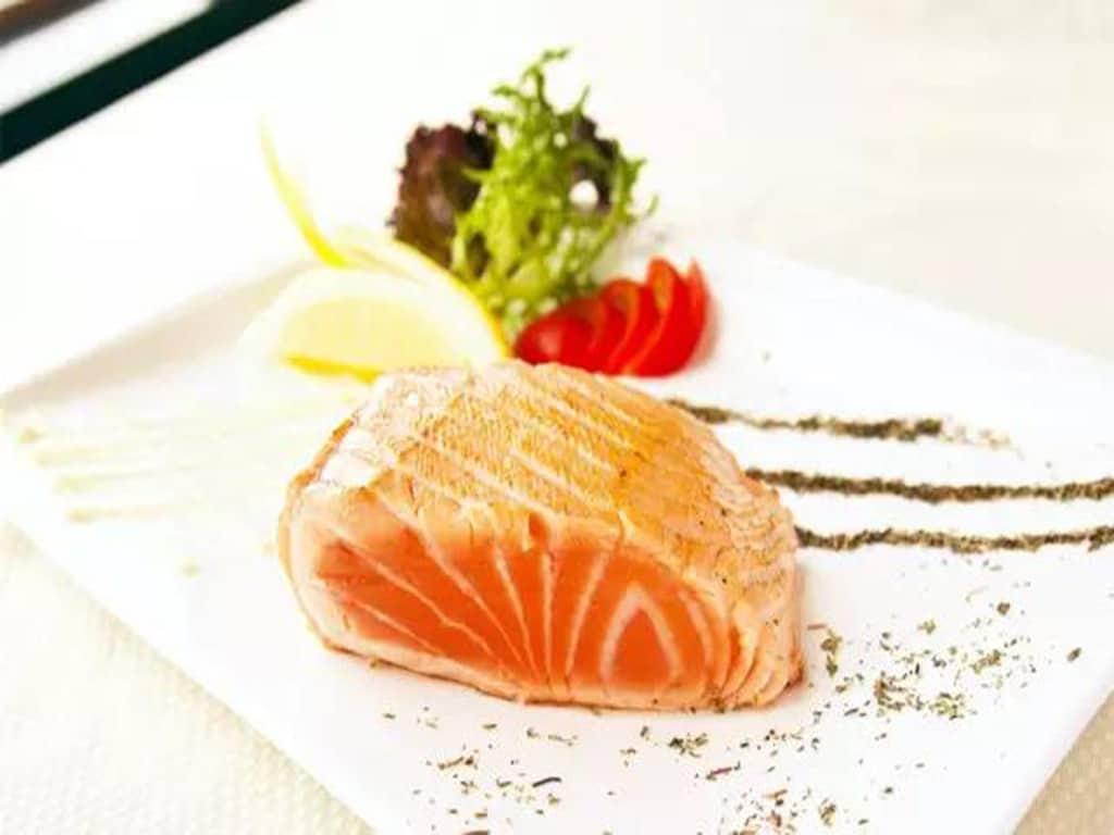 自制酱汁三文鱼