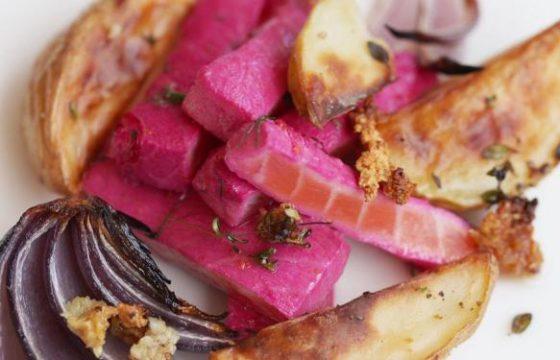 甜菜腌三文鱼