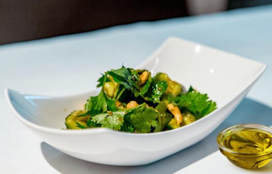 橄榄油米醋拌烤坚果黄瓜